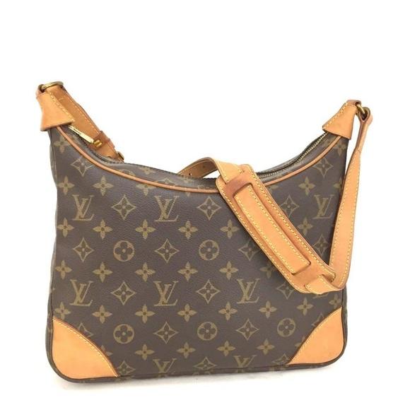 9345057cfb46 Louis Vuitton Handbags - 100% Auth Louis Vuitton Boulogne 30